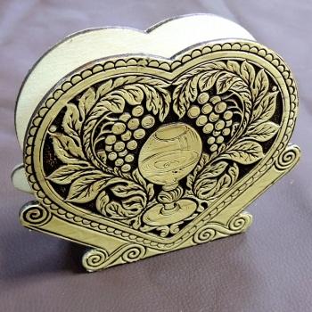 Салфетница в форме сердца Виноград